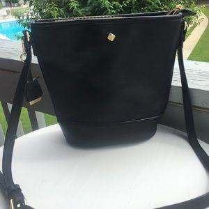 Crown and Ivy bucket bag